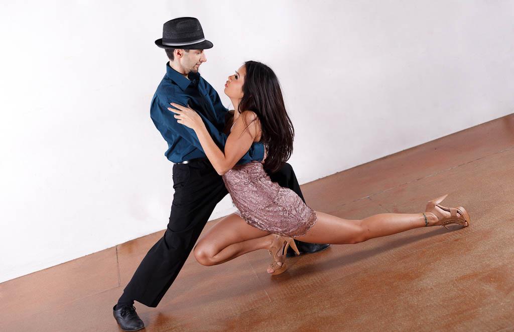 Популярные латиноамериканские танцы и их основные особенности