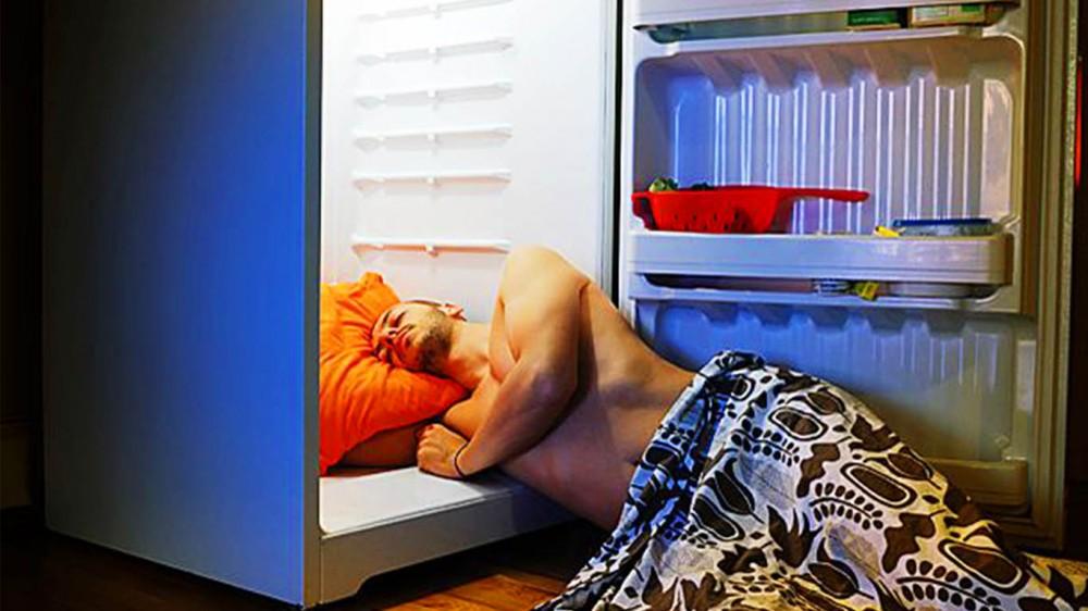 Как лучше спать в жаркую погоду