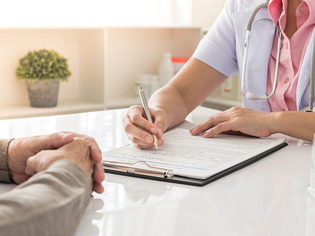 Рак в Украине: Министр здравоохранения объяснила, как часто мужчинам и женщинам нужно проходить обследование