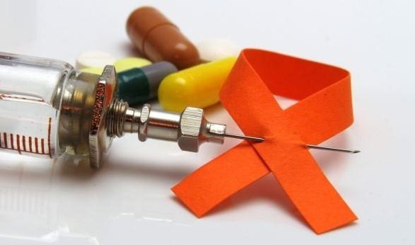 В Украине с диагнозом СПИД живут более 46 тыс. человек