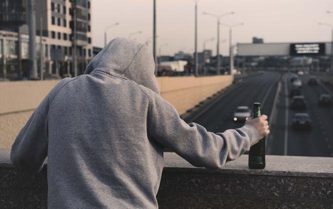 Эксперты исследовали уровень смертности из-за алкоголизма в Украине - МОЗ