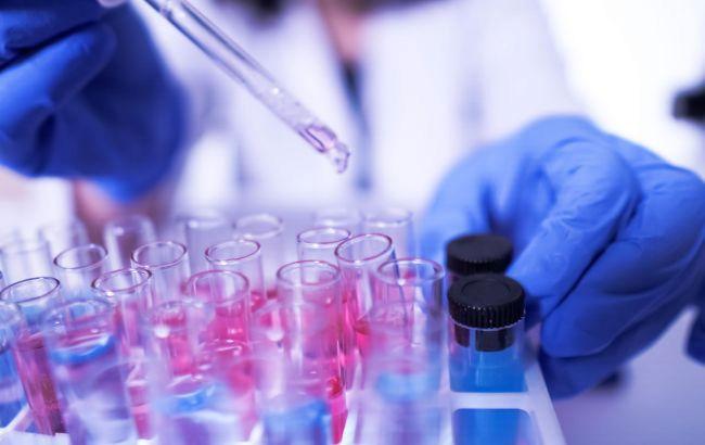 ВОЗ остановила испытания трех лекарств от COVID-19