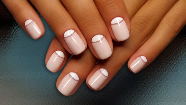 Какие ошибки при использовании гелевого лака могут испортить ногти