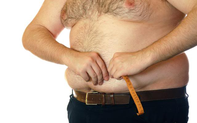 Медики объяснили, чем опасен жир на животе