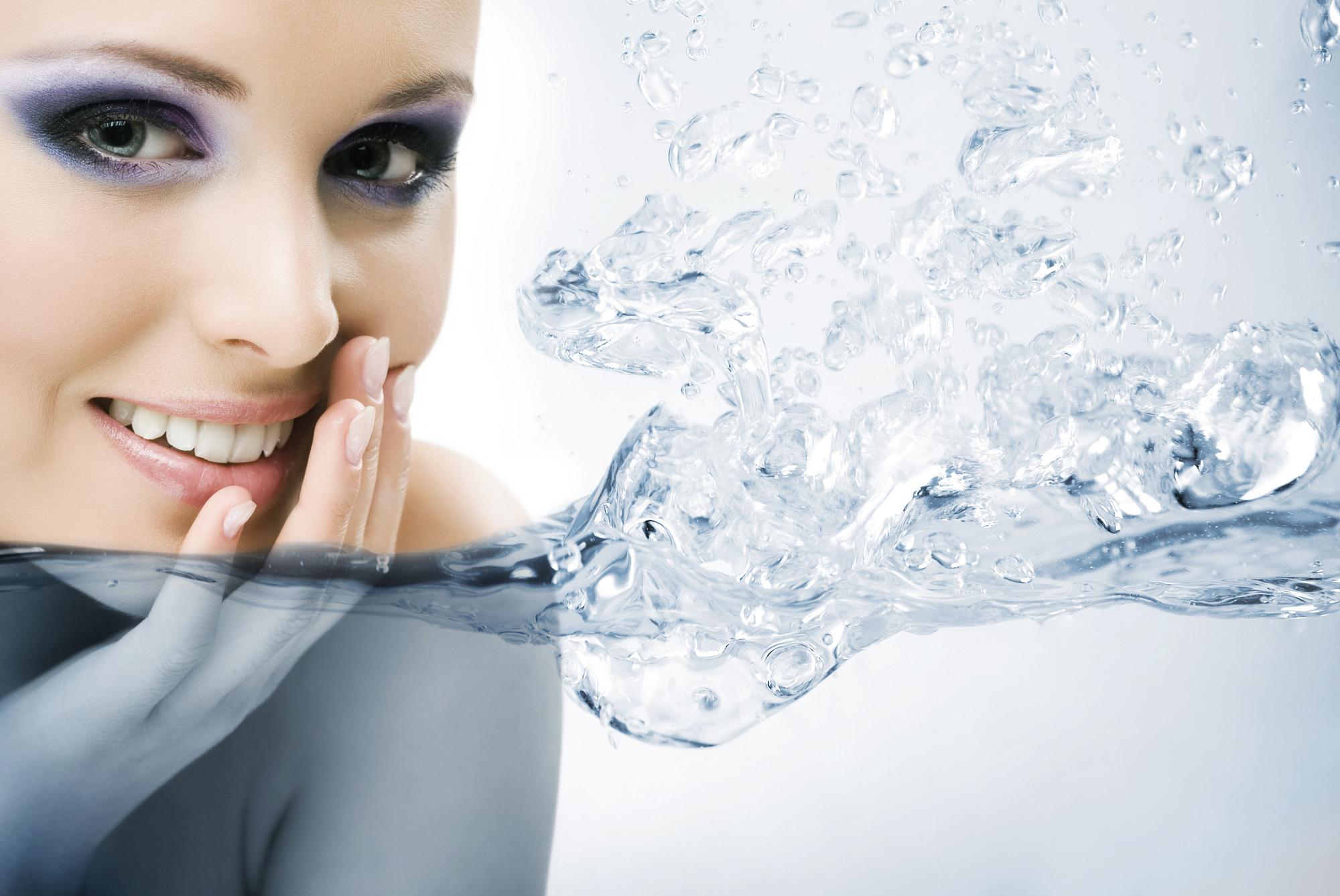 Представляем вам новый продукт, мицеллярную воду Аminomicell, которая входит в комплекс для профессиональной подготовки перед окрашиванием бровей от PLEYANA