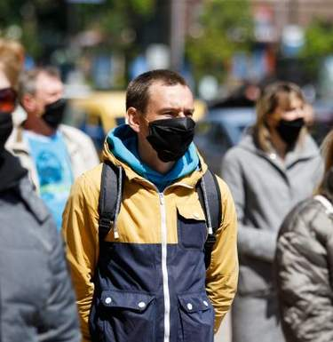 В Украине снова антирекорд: 4633 новых случаев коронавируса