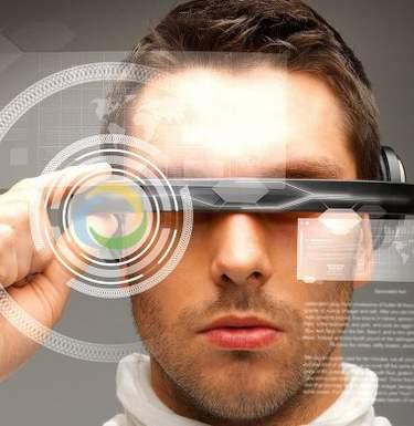 Слепой житель Великобритании получил «очки с искусственным интеллектом»