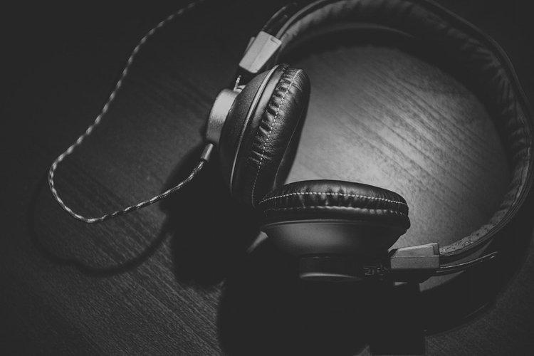 Скачать музыку онлайн