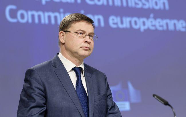 ЕС разрешил Польше перепродать Украине 1,2 млн доз вакцины AstraZeneca