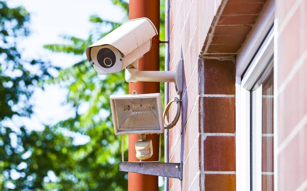 Кому нужны системы видеонаблюдения для дома?